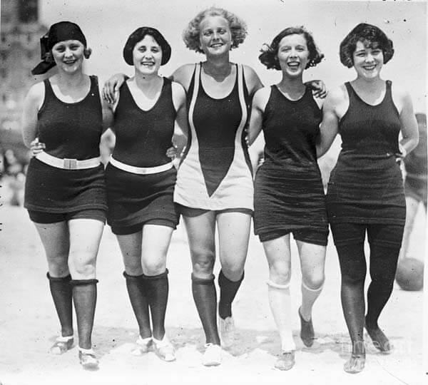 dff0472e0 Ropa deportiva para mujeres 1920-1930