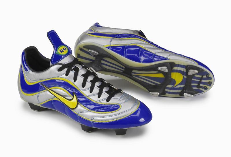 finest selection 75787 bc240 Botas de futbol 2 Nike mercurial