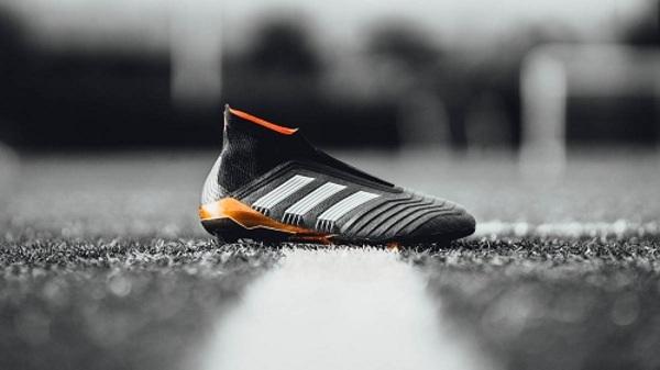 ad92558556930 Cómo escoger y comprar botas de futbol Adidas