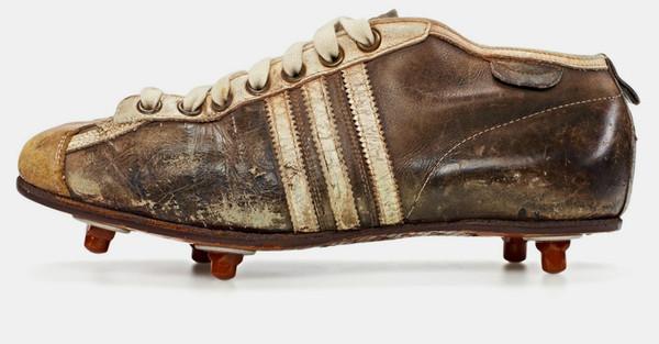 Descubre cómo han evolucionado las botas de fútbol 7fa61b4a056da